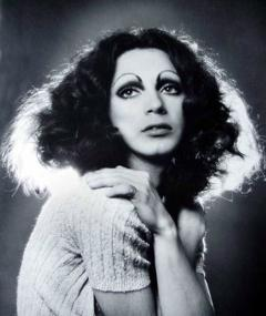 Poza lui Holly Woodlawn