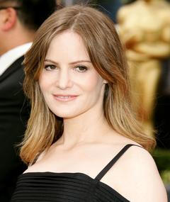 Photo of Jennifer Jason Leigh