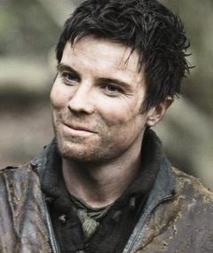 Photo of Joe Dempsie