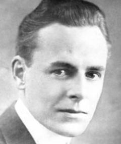 Photo of Edward Earle