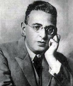 Photo of Richard Oswald