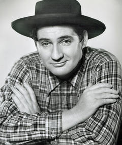 Photo of Pat Buttram