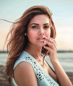 Photo of Esha Gupta