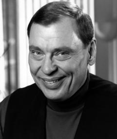 Photo of Larry Drake