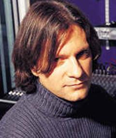 Photo of Guy Sigsworth