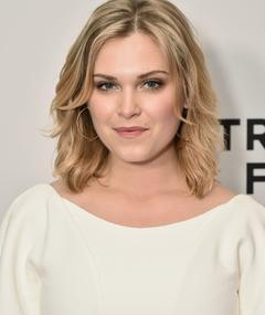 Photo of Eliza Taylor