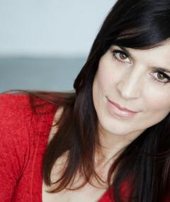 Photo of Perrey Reeves