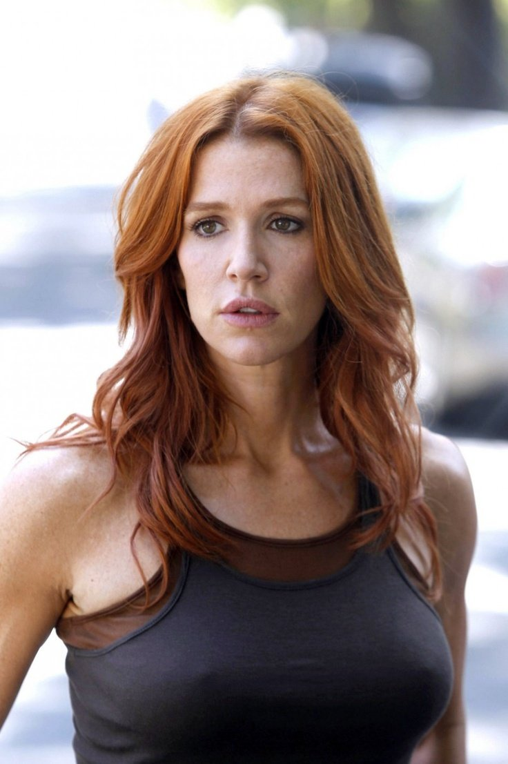 Poppy Montgomery Nude Photos 61