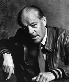 Photo of Alistair MacLean