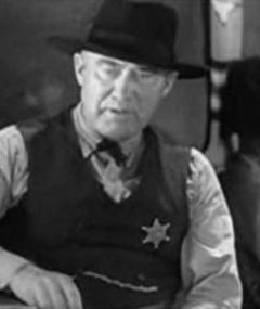 Walter James adlı kişinin fotoğrafı