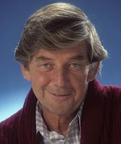 Photo of Ralph Waite