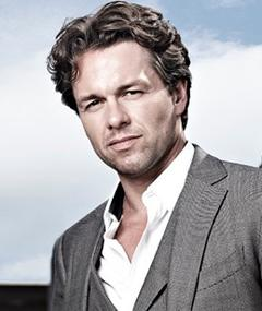 Photo of Julian Ovenden