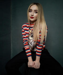 Photo of Sabrina Carpenter