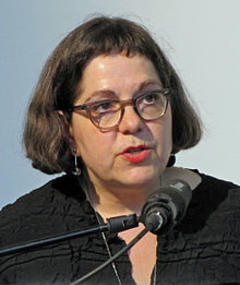 Photo of Elisabeth Bronfen