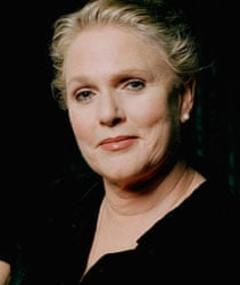 Photo of Sharon Gless