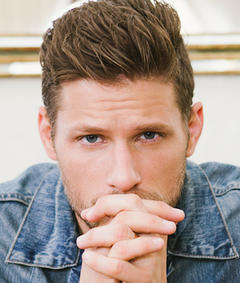 Photo of Matt Lauria