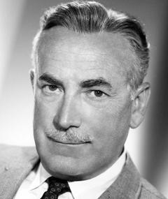 Photo of Raymond Bailey