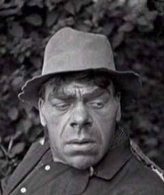 Photo of Dick Sutherland