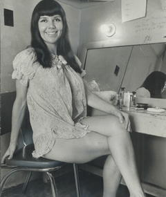 Photo of Julie Gibson