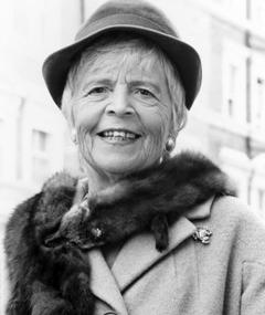 Photo of Patricia Hayes
