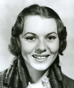 Photo of Lorna Gray
