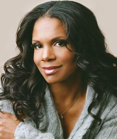 Photo of Audra McDonald