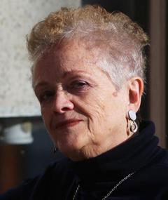 Photo of Elena Jaumandreu