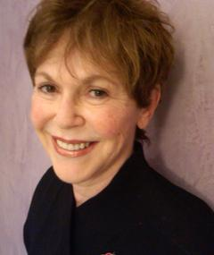 Photo of Linda Gottlieb