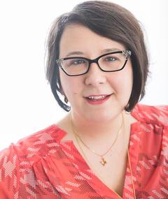 Gambar Alison M. Schmidt