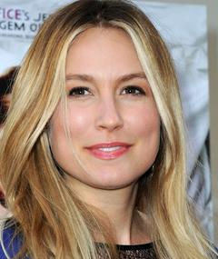 Photo of Sarah Carter