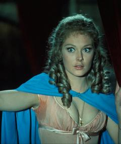 Photo of Jenny Hanley