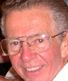 Earl Barret का फोटो