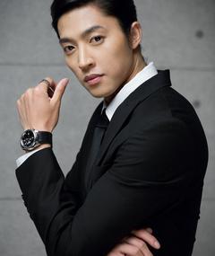 Photo of Min Ji-hyuk