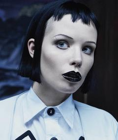 Photo of Alice Glass
