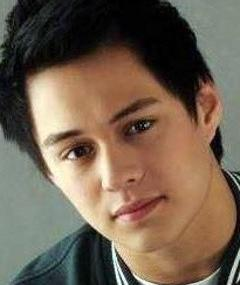 Photo of Enrique Gil