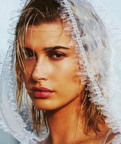 Foto av Hailey Baldwin