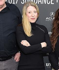 Photo of Mary Robertson