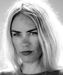 Julie Andem adlı kişinin fotoğrafı