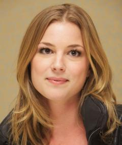Photo of Emily VanCamp