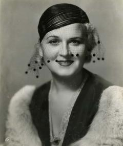 Photo of Vivien Oakland