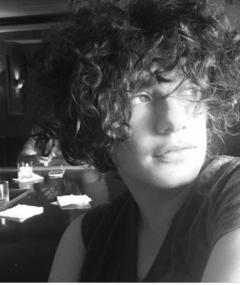 Danielle Lessovitz का फोटो