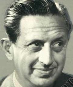 Photo of Leo Rosten