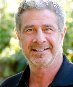 Gil Junger adlı kişinin fotoğrafı
