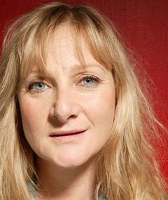 Photo of Lesley Sharp