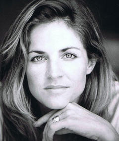 Photo of Jessica Steen