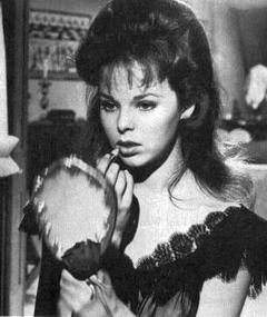 Photo of Anne Helm