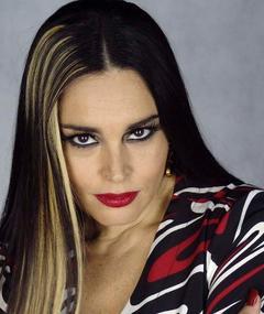 Photo of Suzy Rêgo