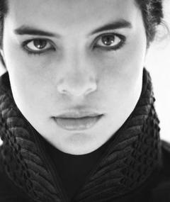 Zuleikha Robinson का फोटो