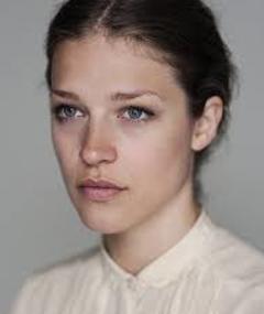 Photo of Emma Louise Saunders