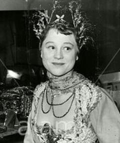 Photo of Daphne Slater